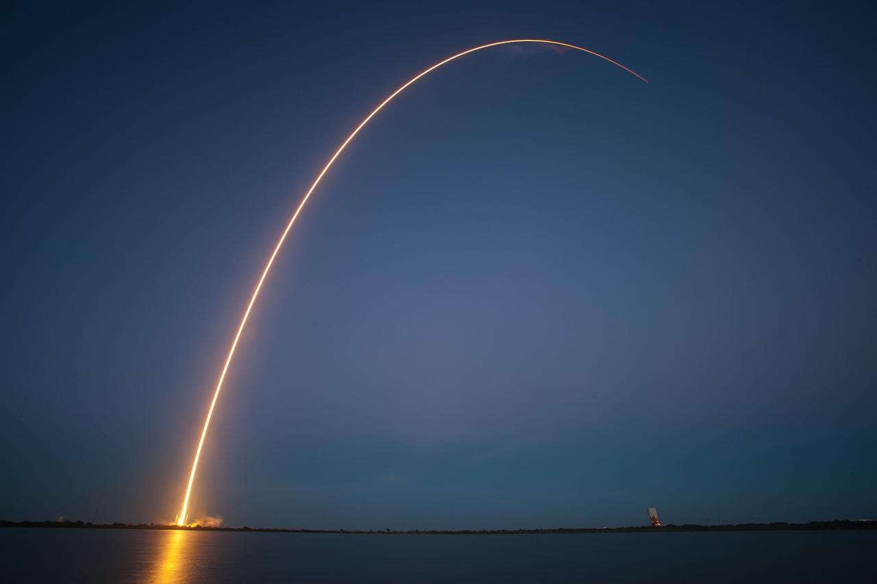 rocket launch 693236 1280