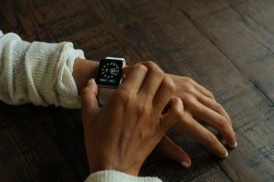 smart-watch-821558_1280