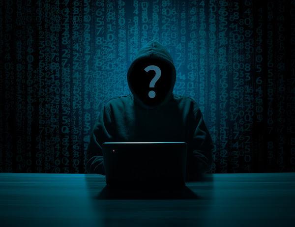 hacker 3342696 1280