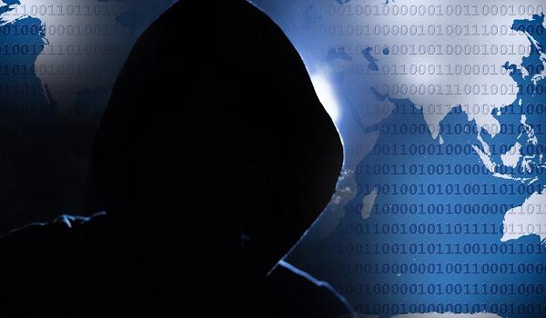 hacker 1952027 1280