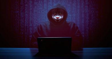 hacker 5842975 1280
