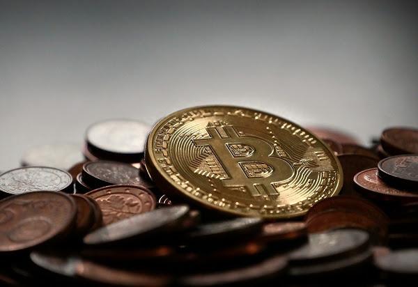 bitcoin 2007912 1920