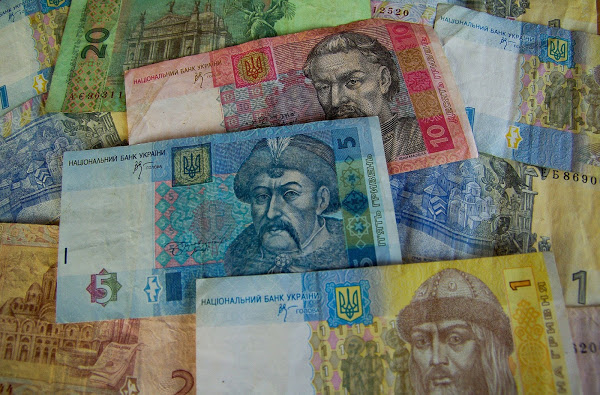 money 621152 1920