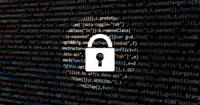 hacker 1944688 1280